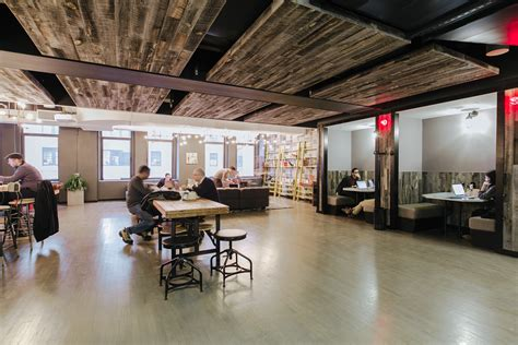 Office Space In Nyc Coworking Office Space In New York City Wework Charging Bull