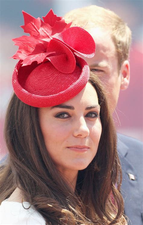kate middleton paired  fascinator  jewelry reportedly borrowed prince william  kate