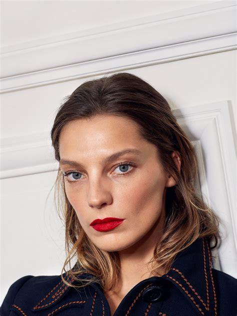 paris hair style2015 vogue paris may 2015 daria werbowy by collier schorr