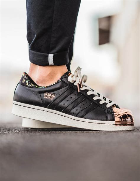 Adidas Superstar Gold Edition adidas superstars gold wj tag de