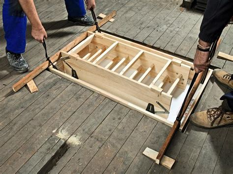 treppe zum dachboden einbauen 1115 einbau einer platzsparenden dachbodentreppe bauhaus