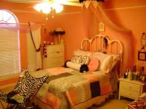Girls Bedroom Decor by Sage S Tween Room On Pinterest Tween Rooms And