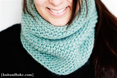 free easy cowl knitting patterns knitting patterns galore easy turquoise garter stitch
