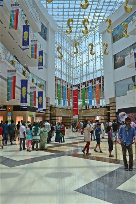Shopping Lulu by Lulu Mall An Amazing Shopper S Paradise Rediff Business