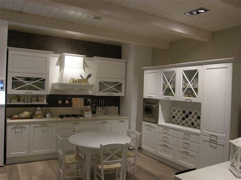 cucina lube classica cucina lube noemi sconto outlet 50 cucine lube torino