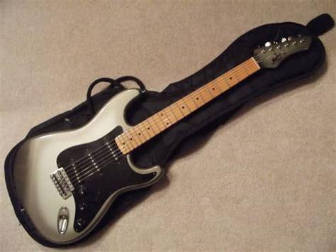 vintage electric ls vintage mij mako ls 3 strat electric guitar with gigbag