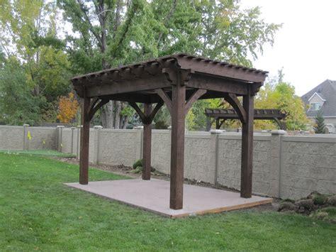 timber frame pergola 25 homeowners diy arbors pergolas pavilions deck