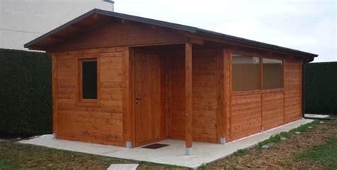 casa di legno usata di legno usate semplice e comfort in una casa di