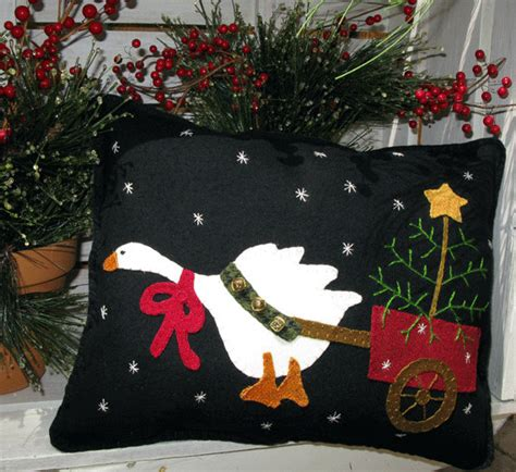 christmas goose pulling christmas tree in cart pillow pattern