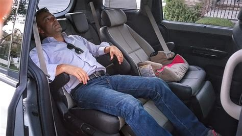 What Does Recline by The Kia Sedona 5 Features Families Will Flip The
