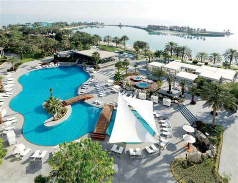 hotel bahrain bahrain resort club the ritz carlton bahrain
