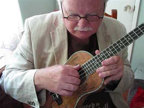 travis picking   ukulele  ukulele mike youtube