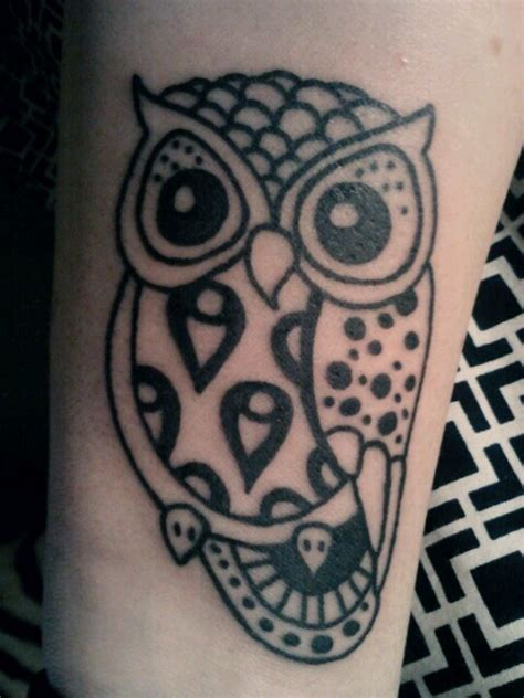 henna tattoo owl owl on wrist arm i owls
