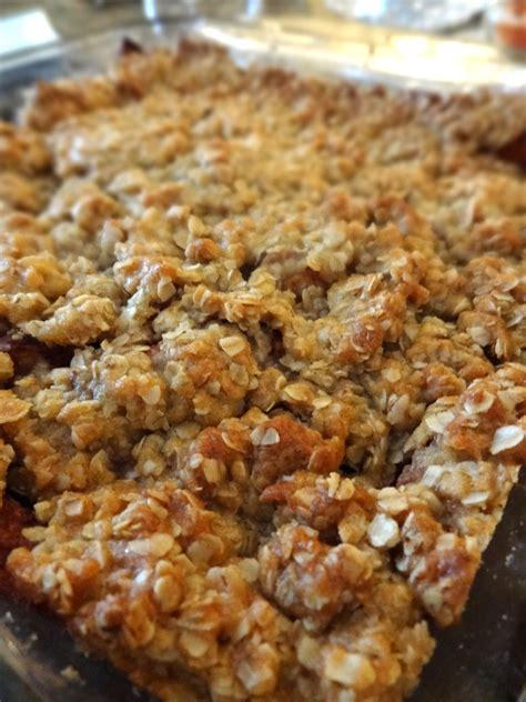 scrumpdillyicious mom s apple crisp with crunchy oat topping