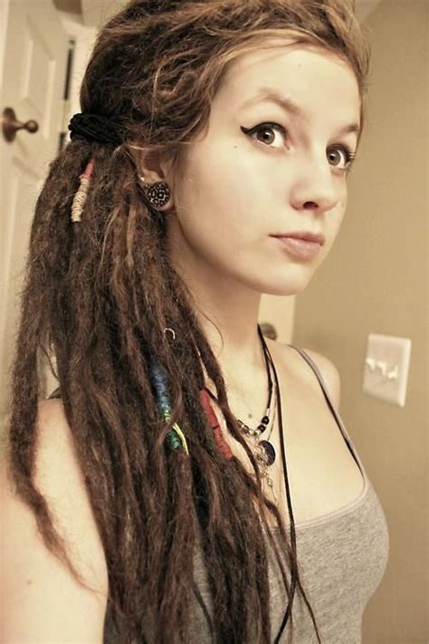 dreadlock models how do it looks if a girl dreadlocks her hair it s cute