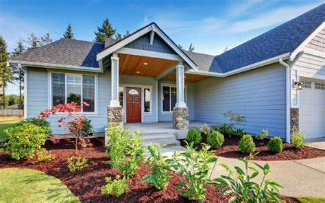 quick ways  destroy curb appeal   home stager qc