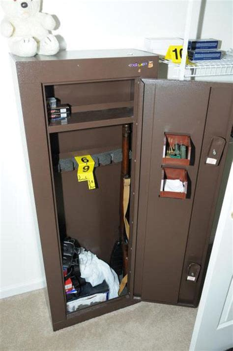 gun safe in bedroom inside newtown shooter adam lanza s lair ny daily news