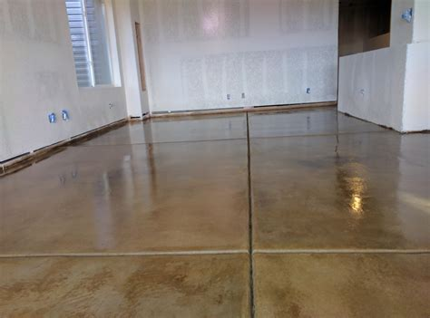Stains, Dyes, & Clear Coats   Highlands Concrete Finishers