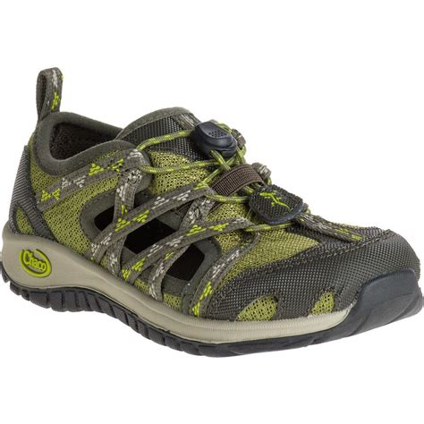 water shoes chaco outcross water shoe boys backcountry