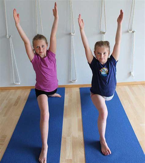 bli bli yoga yoga for barn og ungdom er g 248 y bodil mauritzen