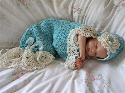 Baby Bee Cuddle Blanket In Tosca Mint Selimut Bayi 153 best baby cocoons images on crochet patterns crocheting patterns and baby cocoon