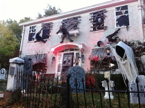 homes decorated for halloween 33 best scary halloween decorations ideas pictures