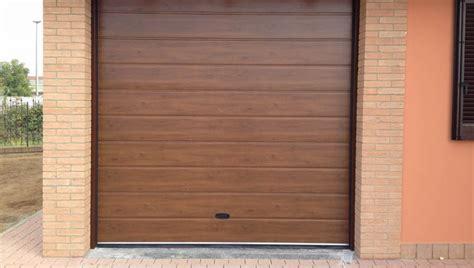 porte per box auto prezzi porte garage effetto legno armo caratteristiche e brochure