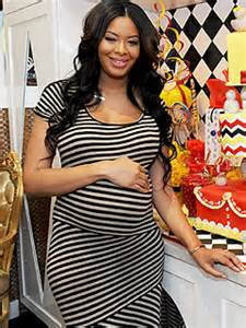 vanessa simmons and daughter ava model her new sweet vanessa simmons welcomes daughter ava marie jean moms