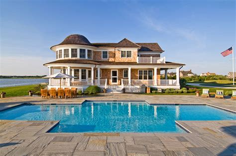 Nice Houses With Pools los hamptons el para 237 so neoyorquino casas de madera canexel
