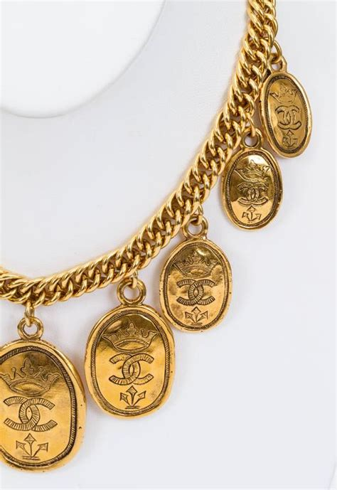 Tas Chanel Classic Coin 26 Cm 1985 chanel multi coin gold choker necklace for sale at 1stdibs