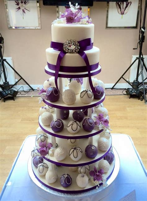 Individual wedding cakes from Cakes For All UK