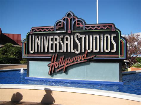 Studios L by 301 Moved Permanently