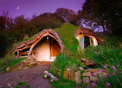 hobbit house glossary this amazing off grid hobbit house cost less than 5 000