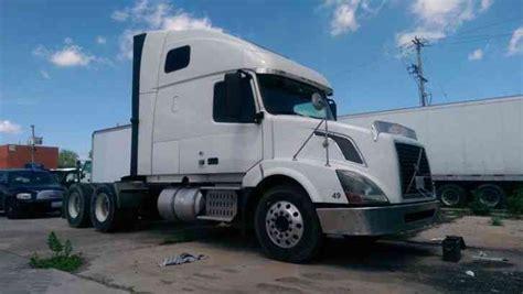 2011 volvo semi truck volvo vnl64t670 2011 sleeper semi trucks