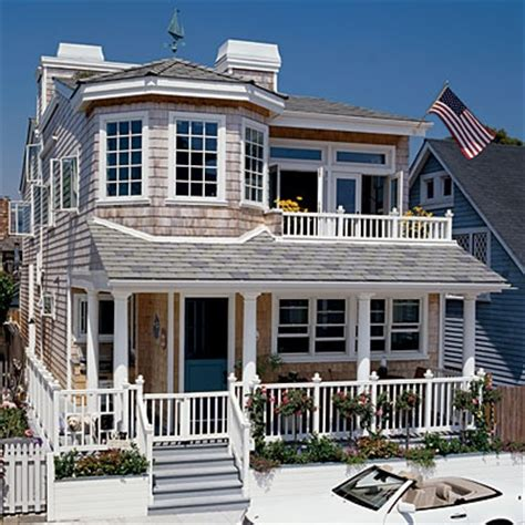 Coast Cottage by Favorite House Designs