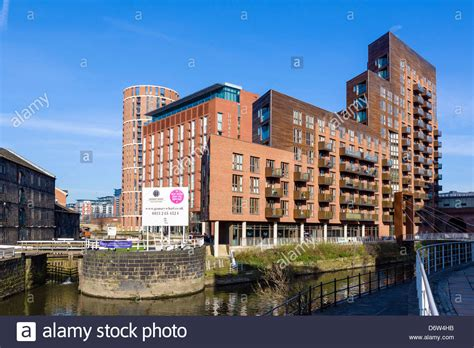Waterfront Appartments by Waterfront Apartments And The Doubletree Hotel At Granary