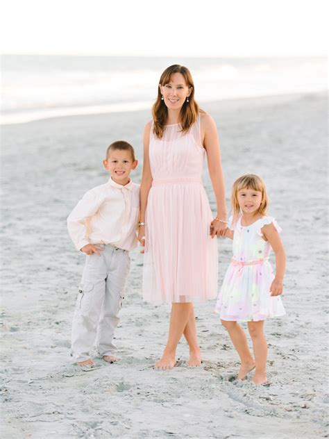 clothing themes for photography family beach photo clothing ideas www pixshark com