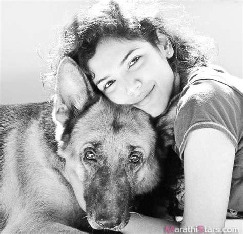 sachin biography documentary shriya sachin pilgaonkar marathi actress photos biography