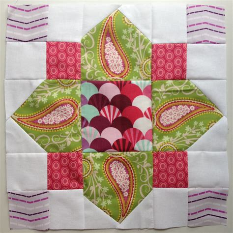 How To Make A Quilt Block by Quatrefoil Block Tutorial Modern Blocks Qal Blossom