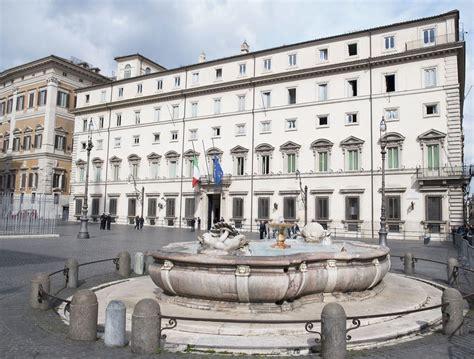 sede governo italiano la comunicazione istituzionale al tempo dei social network