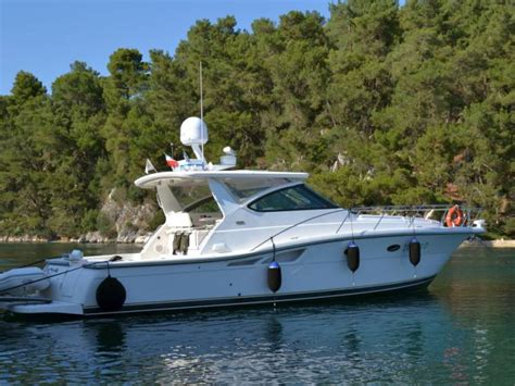 tiara boats prices tiara boats for sale page 4 of 42 boats