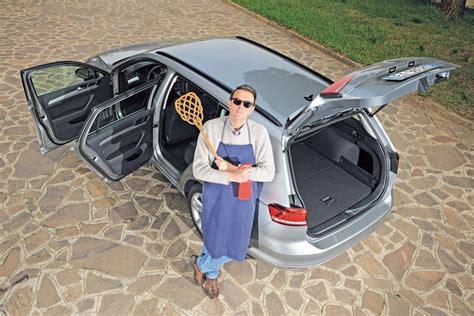 prodotti pulizia interni auto in auto guerra a sporcizia e batteri auto news magazine