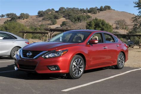 nissan hybrid 2016 2016 nissan altima sedan first drive digital trends
