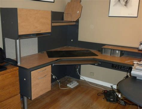 Declutter Desk by Dealing With Clutter Before The Move Organizing