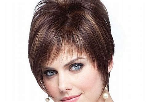hairstyles for thin hair fuller faces best cute short layered haircuts for round face shape