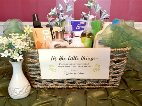 wedding bathroom basket list 25 best ideas about wedding bathroom baskets on pinterest