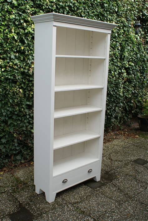 witte boekenkast wit houten boekenkast emmen boekenkasten op maat