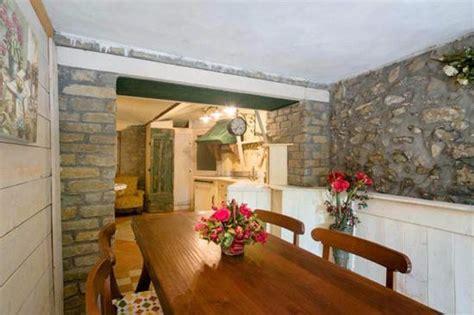 sala da pranzo rustica sala da pranzo taverna rustica bild cascina bricco