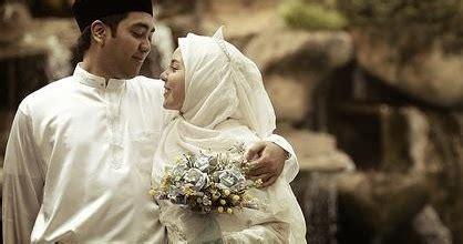 cerpen cinta islami  lenteraku  mataharinya