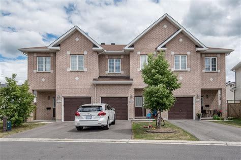 three bedroom townhomes rental wait list 3 bedroom townhomes ottawa gloucester